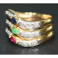 e134211237c Anel em Ouro 18K com 3 pedras brilhante de Esmeralda