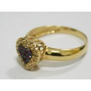 Anel em Ouro formato coração cravejadas em  pedras brilhantes